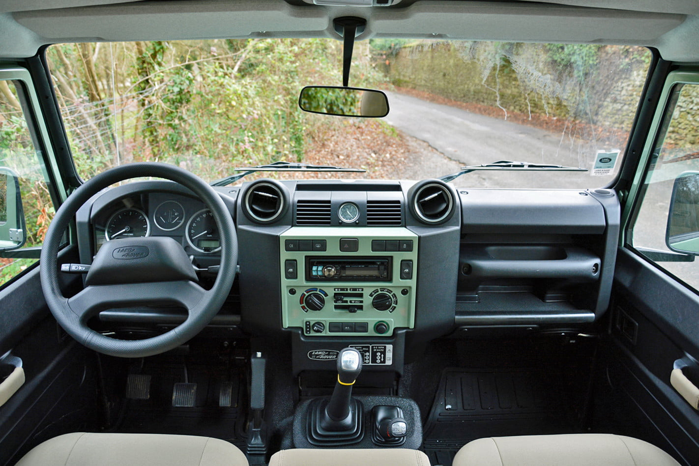 2015 Land Rover Defender Review Digital Trends