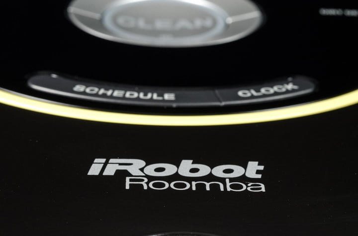 irobot roomba  review logo
