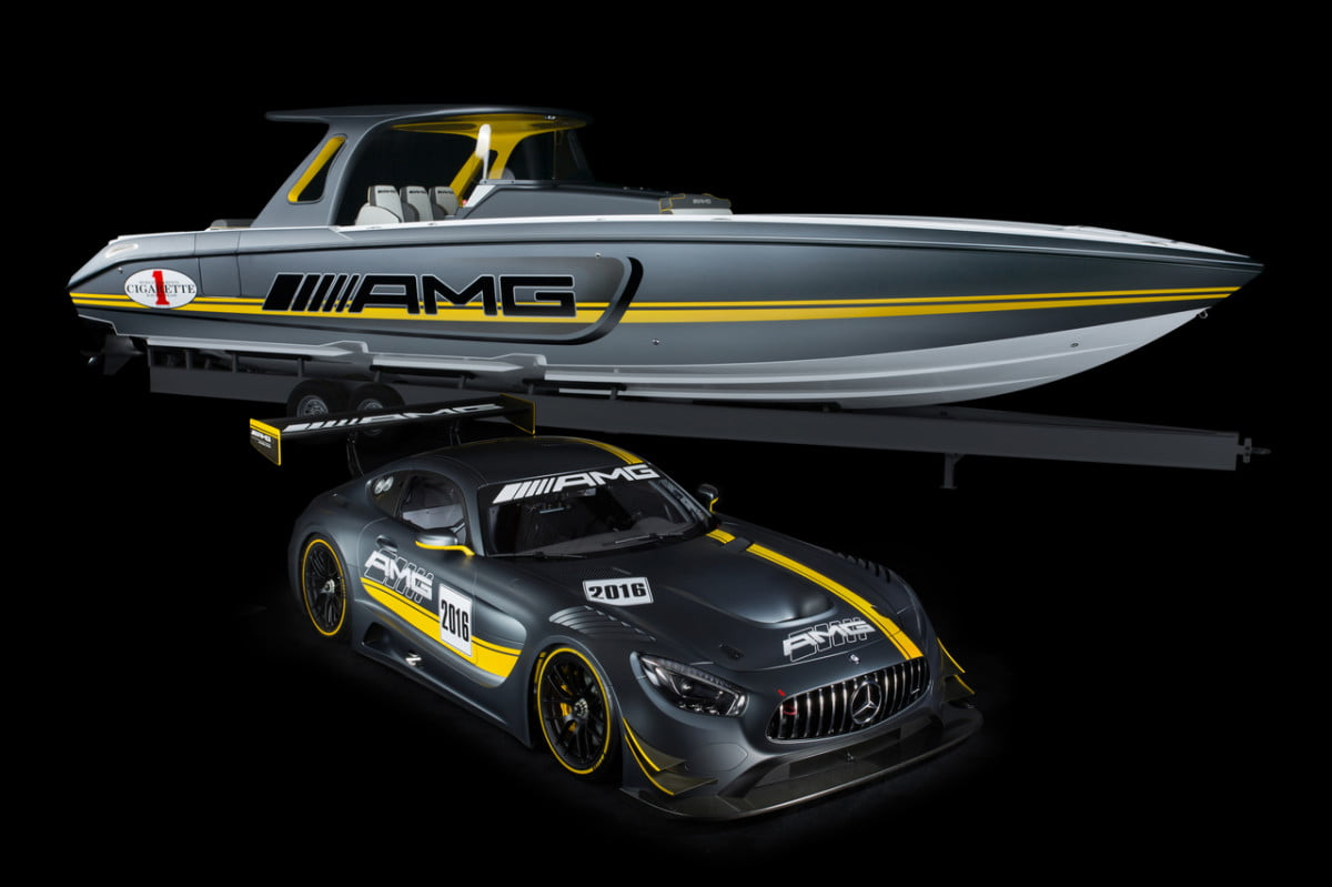 cigarette racing team  sd gt boat mercedes amg
