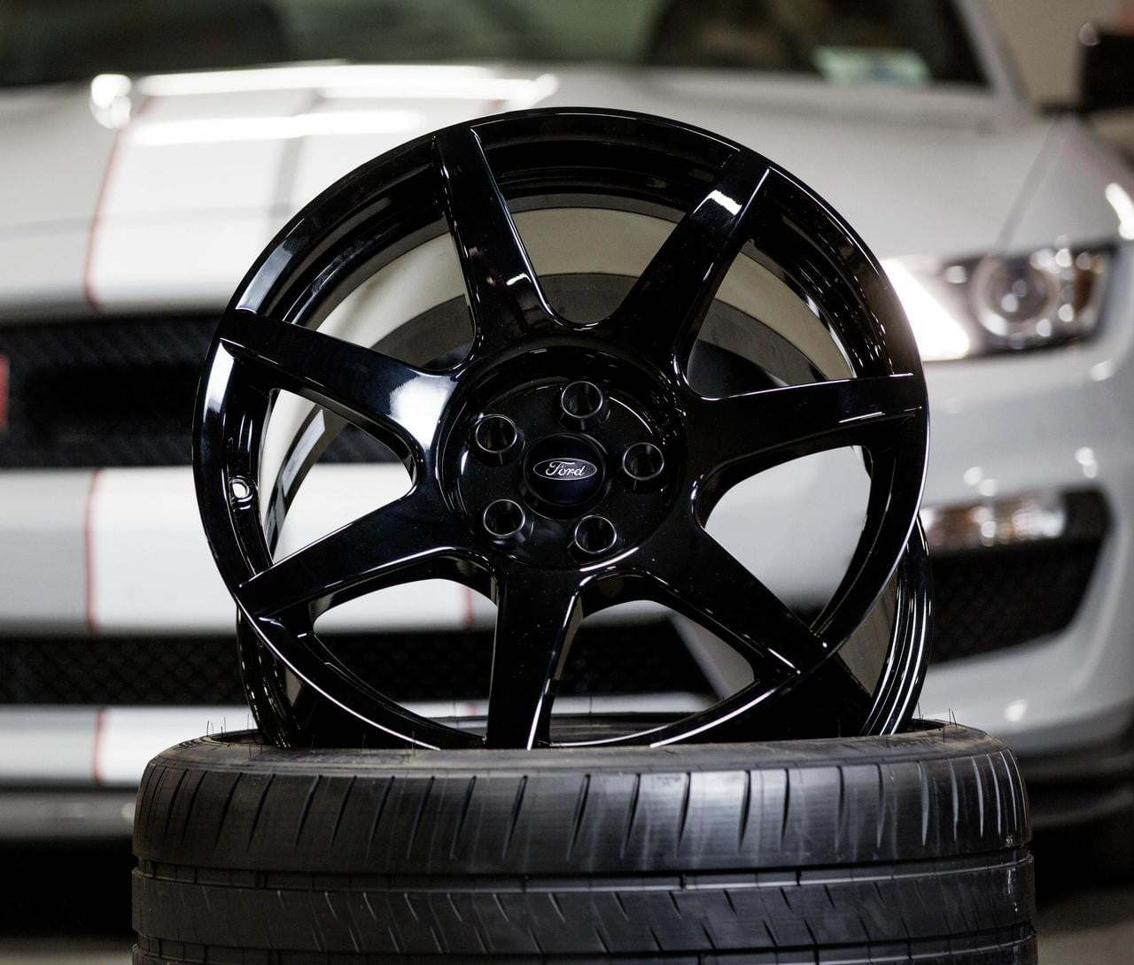 Ford Shelby GT350R Mustang wheel