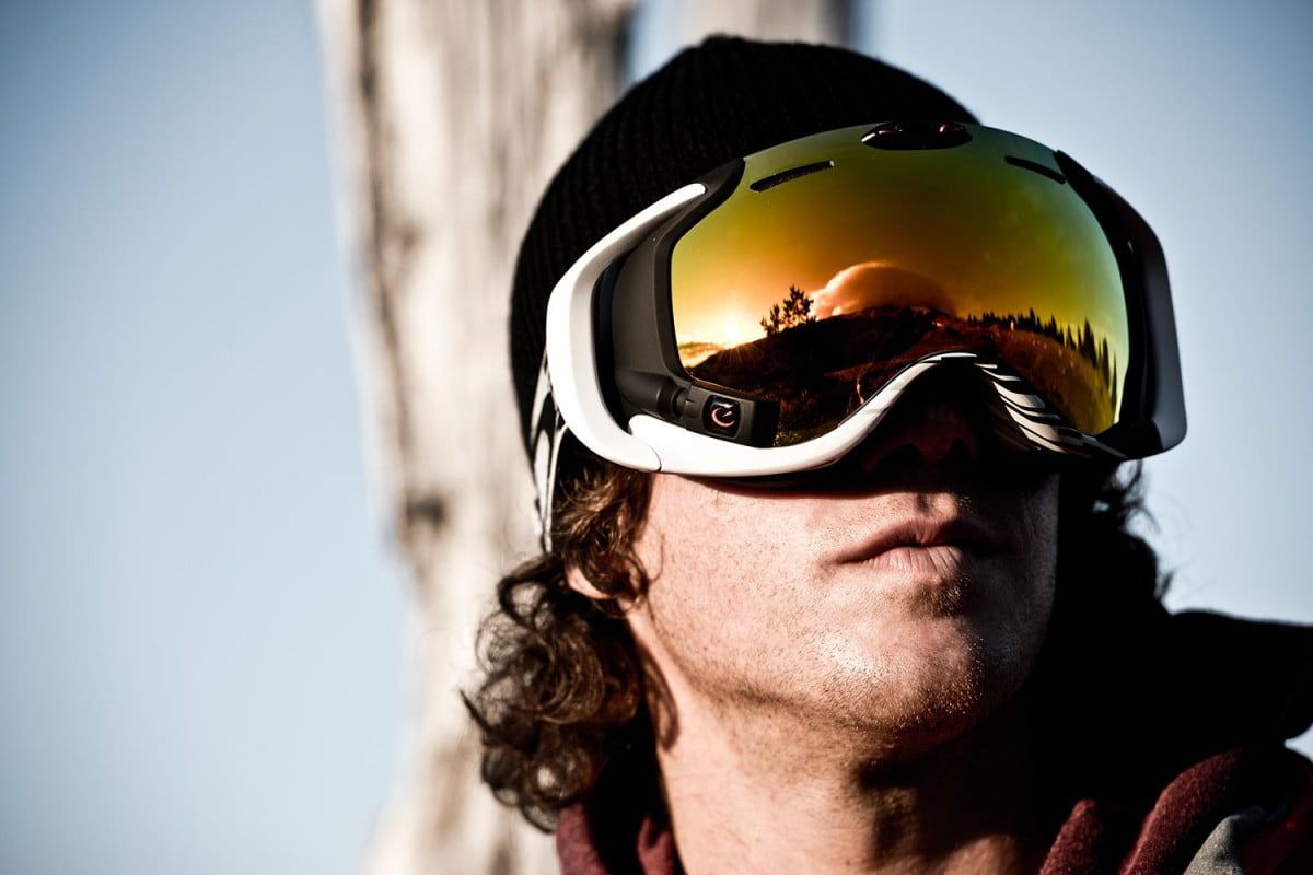 oakleys new hud goggle looks good for bombing tanks is mountains sammy carlson airwave