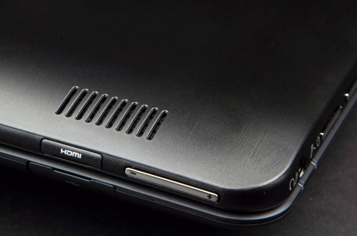 samsung ativ smart pc  t review volume toggle hdmi port macro