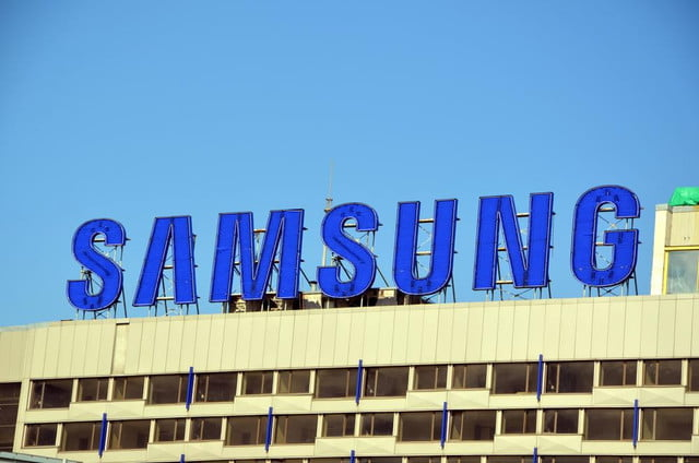rapper delivers samsungs sustainability report samsung