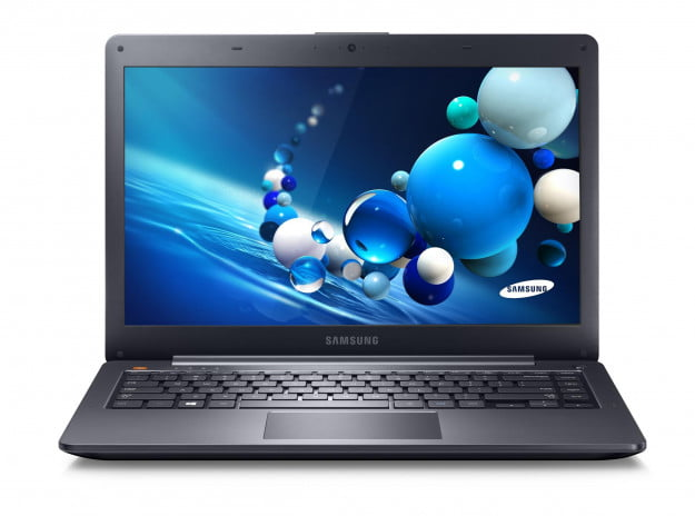 Samsung ATIV Book 5_front