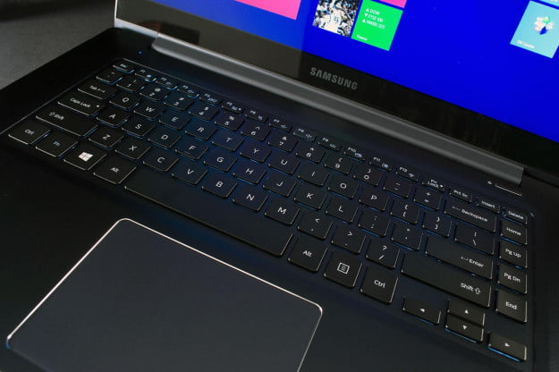 Samsung ATIV Book 9 keyboard full