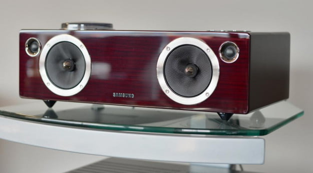 samsung da e750 review front face vacuum tube speaker dock
