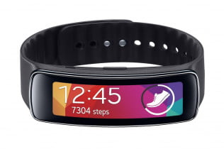 samsung-galaxy-gear-fit-press