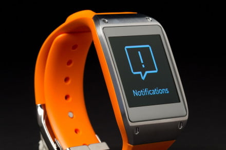 samsung galaxy gear smartwatch review front angle