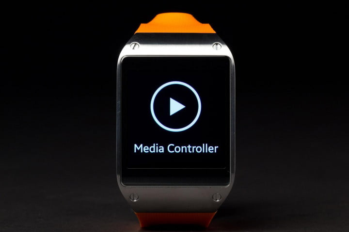 samsung galaxy gear review smartwatch media controller