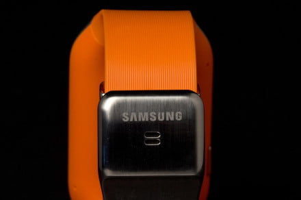 samsung galaxy gear smartwatch review rear clasp macro