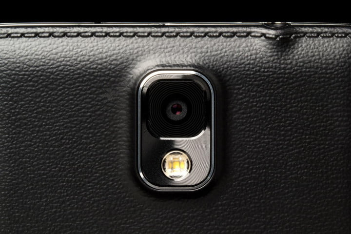 samsung galaxy note  review rear camera macro