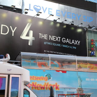 samsung-galaxy-s4-launch-sign