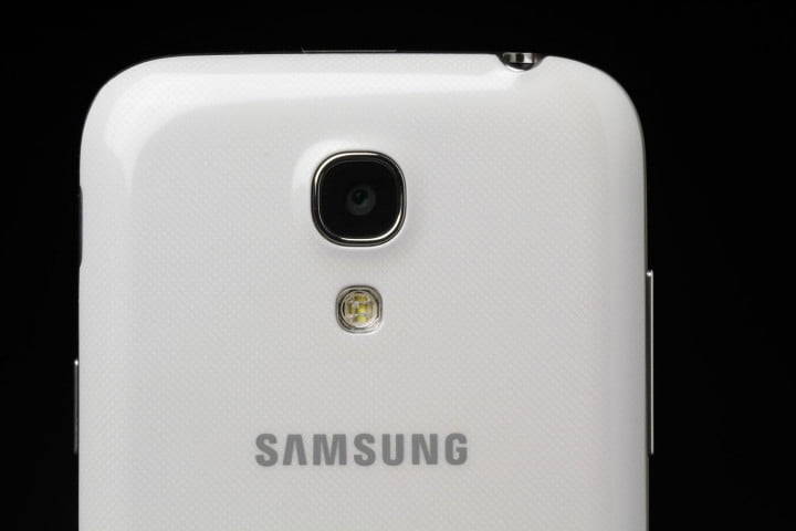 samsung galaxy s  mini review rear camera macro