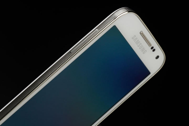 Samsung-Galaxy-S4-Mini-top-left-side-close-up