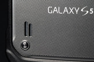 Samsung Galaxy S5 Active back speaker