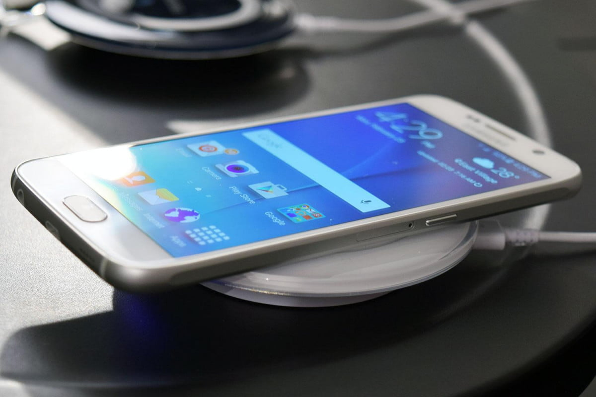 the top smartphone right now is samsung galaxy s  not says consumer reports charger