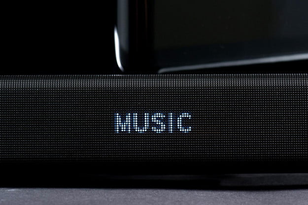 Samsung HWF5500 Soundbar system display music