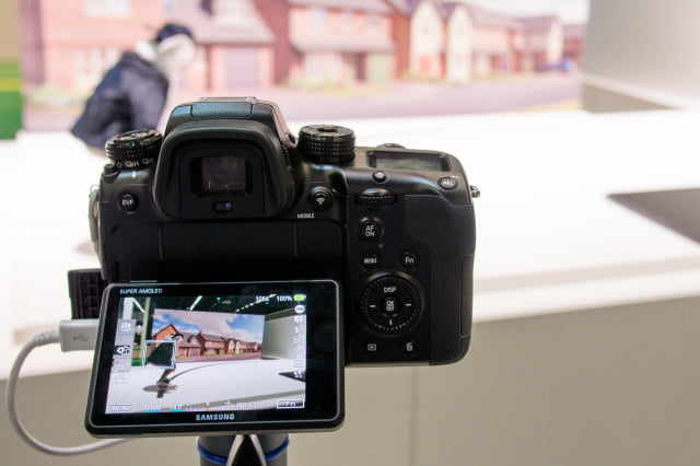 The Samsung NX1's AF tracking kept up reliably with the moving skateboarder.