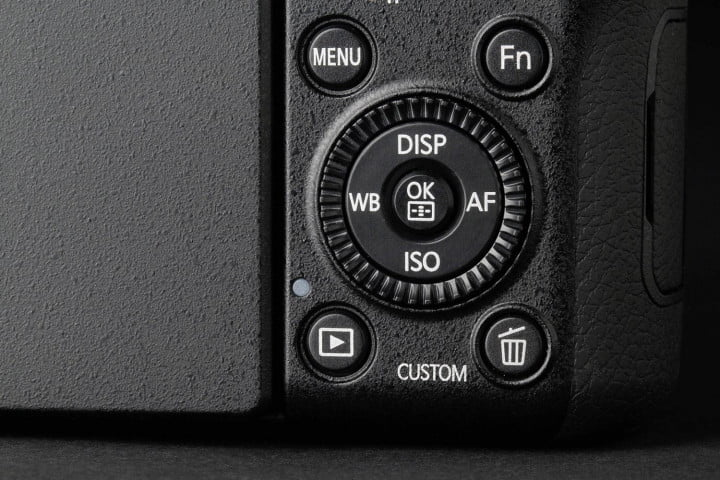 samsung nx  review bottom controls full