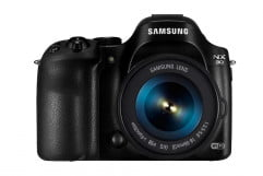 samsung nx  review front