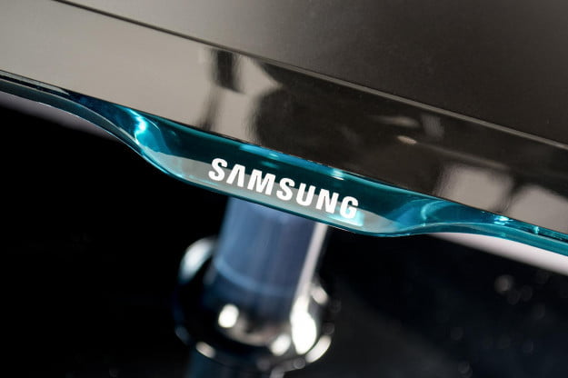 Samsung S27D390H review monitor glass logo