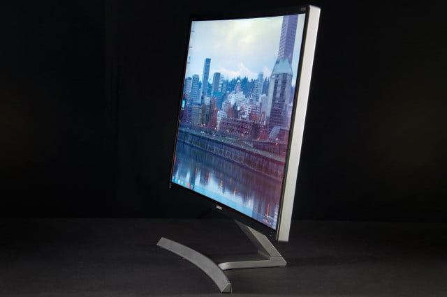 samsung eyes may for the release of three new curved monitors sd  c moniotor review stand side