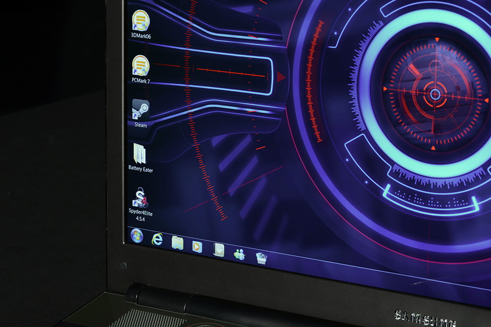 samsung series 7 gaming laptop review display