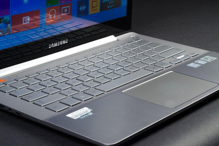 samsung ativ book  review series ultra keyboard