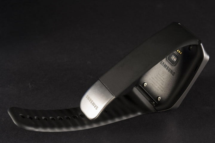 samsung gear live review sm r  back angle side