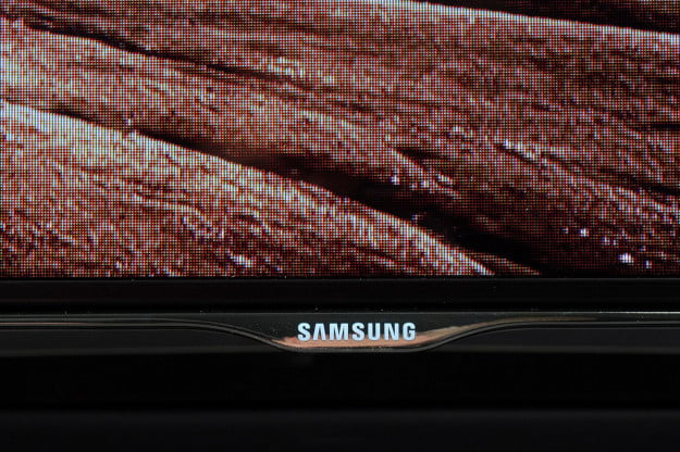 Samsung UN55F8000 front bottom screen