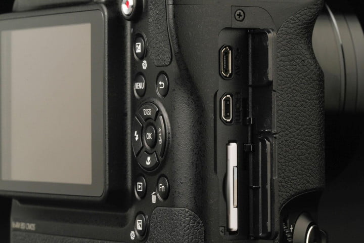 samsung wb  f review side ports