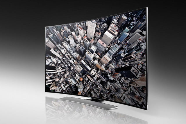 samsung offers free movie pack to hu  buyers curved uhd(u ) front