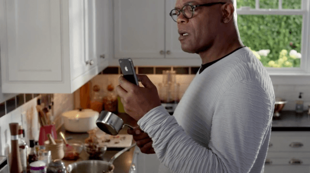 Samuel L. Jackson Siri iPhone 4S commercial screencap