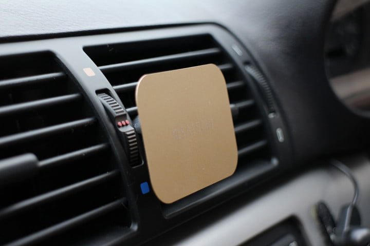 satechi magnet vent mount hands on magnetic smartphone car air attach