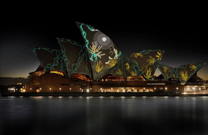 sydney opera house projection mapping scatter