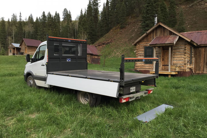 mercedes bexz sprinter extreme scattolini scattomaax  tipper bed on a stock cab chassis