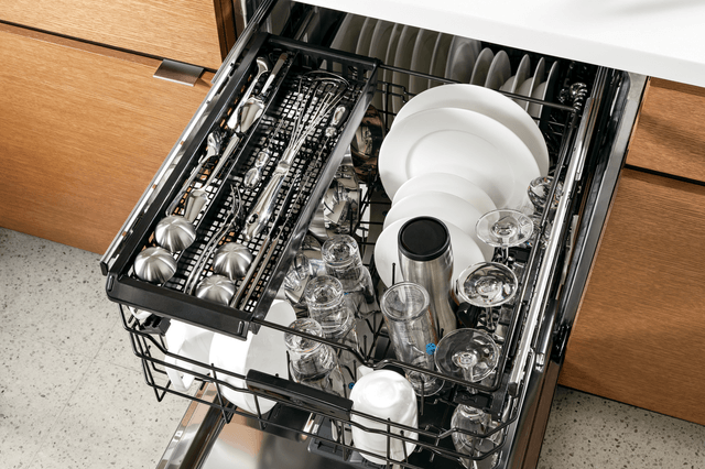 instead silly smart features ge gave newest dishwashers third rack screen shot  at pm
