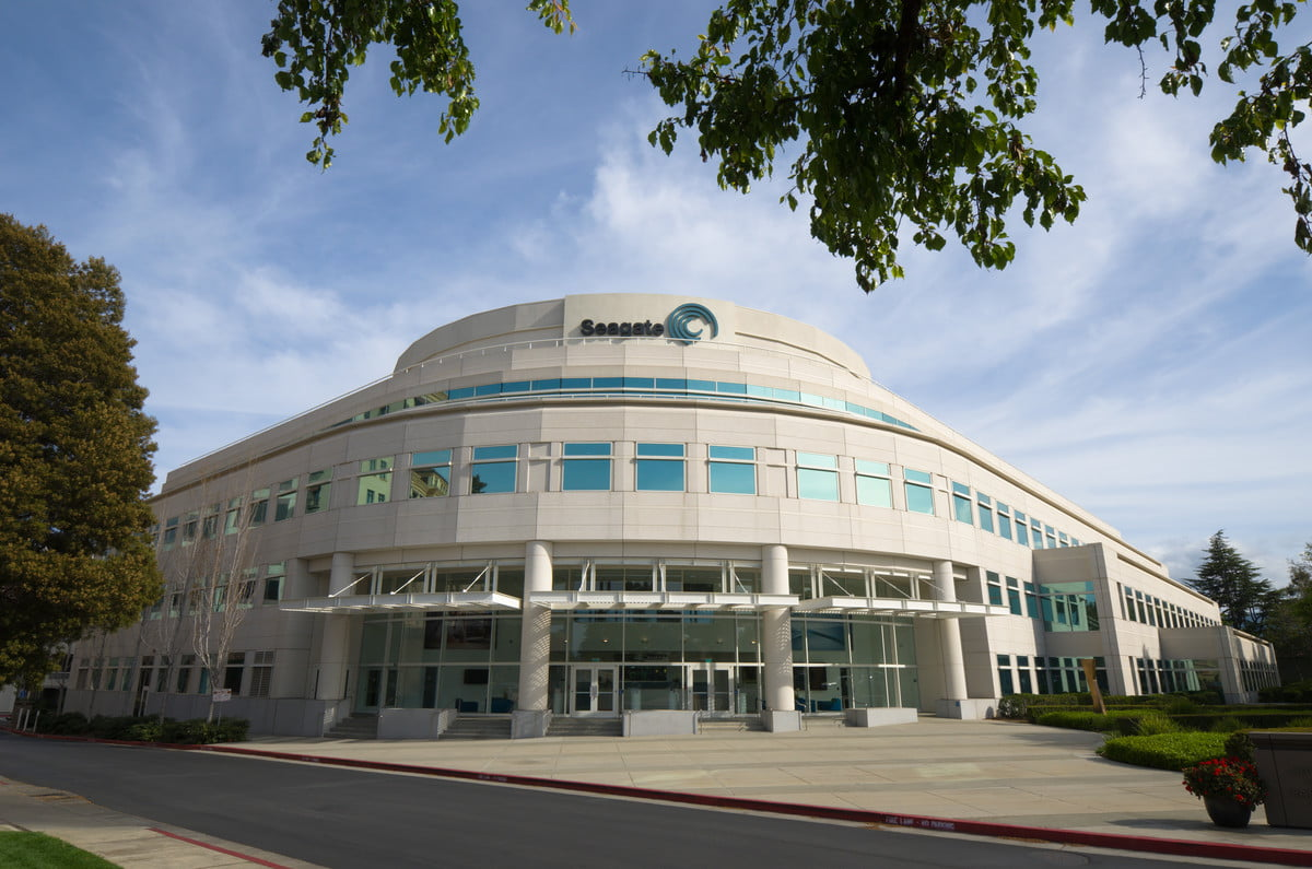seagate  tb ssd flash memory summit technology headquarters cupertino