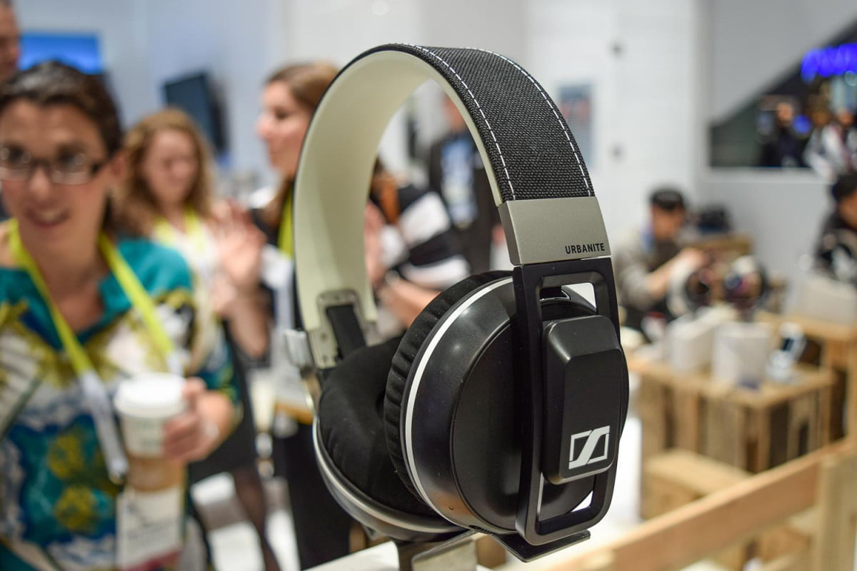 sennheiser urbanite xl wireless hand on video