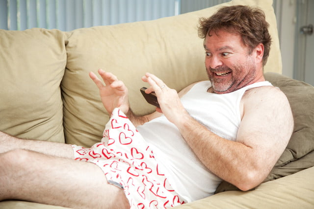 man loses job offer after texting naked selfies to hr manager sexting