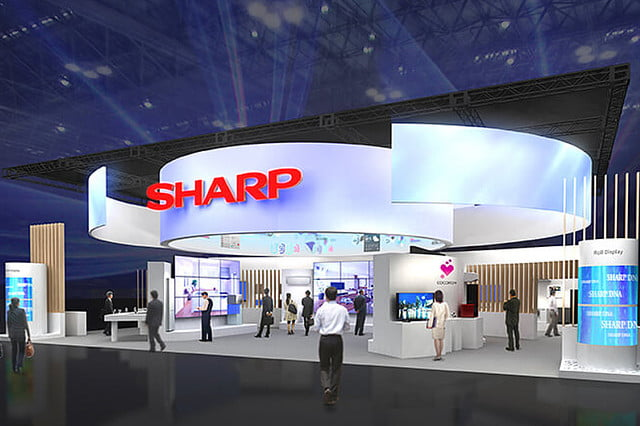 sharp ceatec japan  inch igzo k resolution display