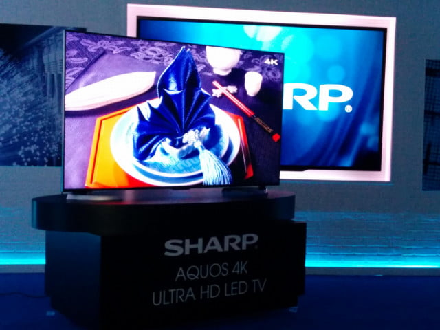 sharp shows new ud  uhd tv series hi res wireless audio device ultrahd