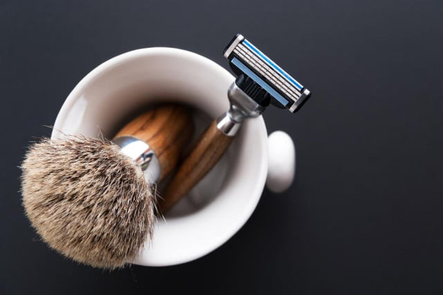 keep razor blade sharp year clever kickstarter device shaving