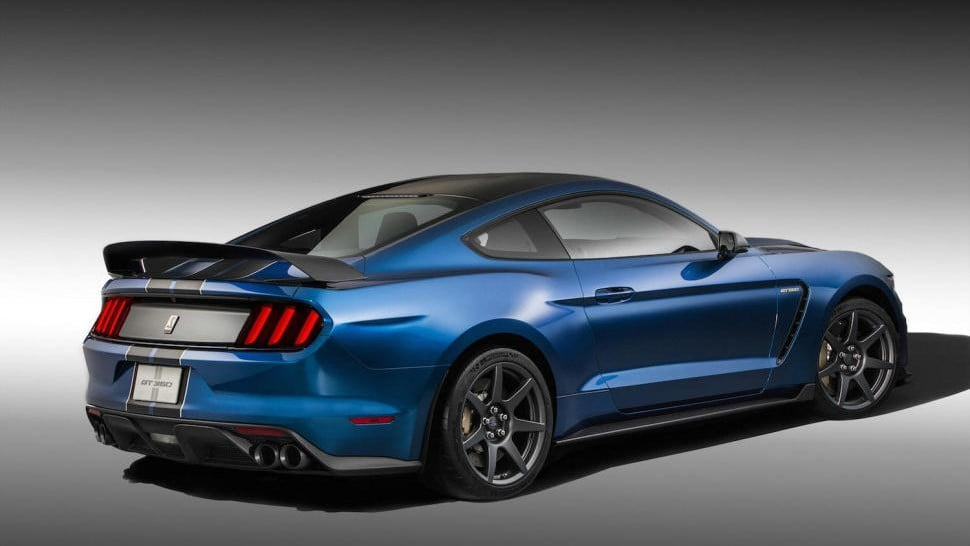 ford shelby gt  r mustang engine pictures specs
