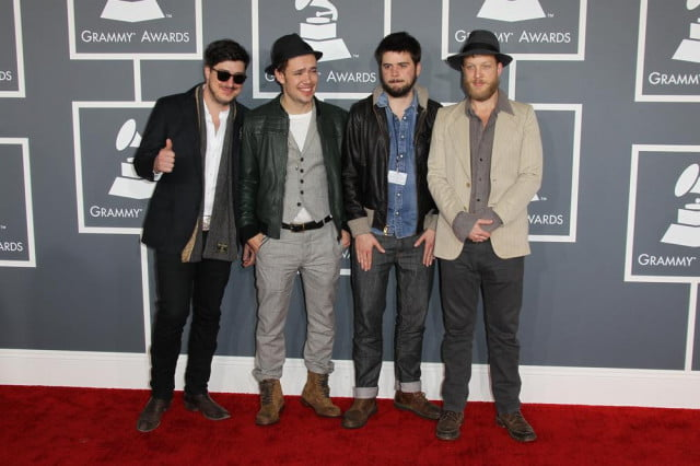 mumford and sons ban cell phones  amp