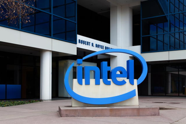 intel pushes wireless charging agrees partner witricity shutterstock