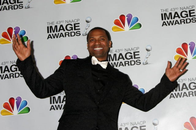 quirky uncle buck comes to abc mike epps