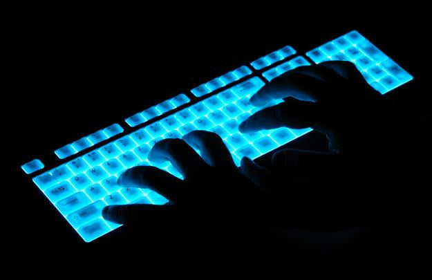 shutterstock_light-up-keyboard