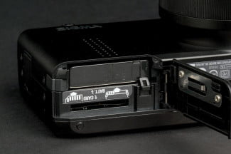 sigma dp3 merill review battery compartment marcro