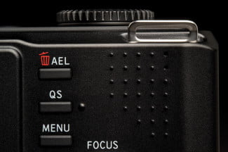 sigma dp3 merill review rear buttons